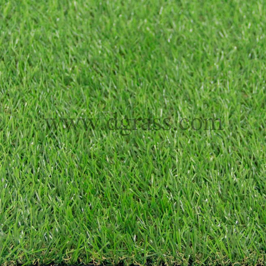 หญ้าเทียมปูพื้น สีเขียวเข้มผสมหญ้าแห้ง ใบหญ้าเล็กบาง